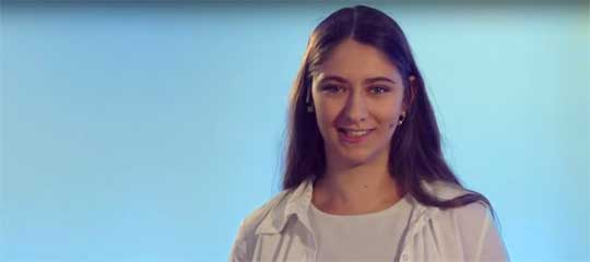 Moderatorin Justina Behne