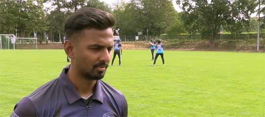 Cricketspieler Babu im Interview