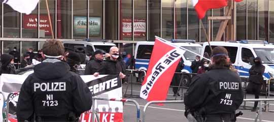 Demo in Braunschweig für und gegen Corona-Maßnahmen