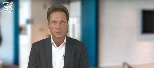 Moderator der Sendung: Fred Bärbock